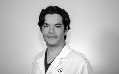 Dr Juan Rousso