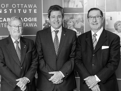 Les trois PDG de l'Institut de cardiologie, les Drs Wilbert Keon, Thierry Mesana et Robert Roberts, septembre 2014.