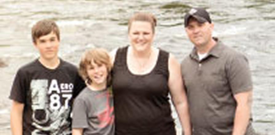 Adult congenital heart disease patient Lana Gillard and her family