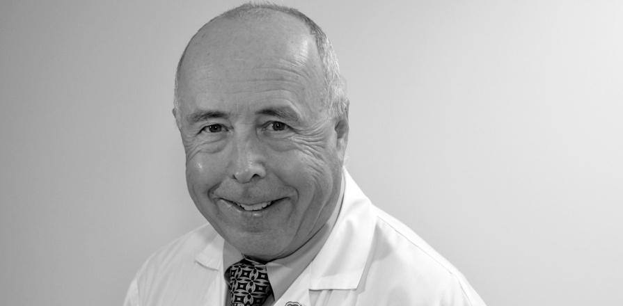 Dr Lyall Higginson