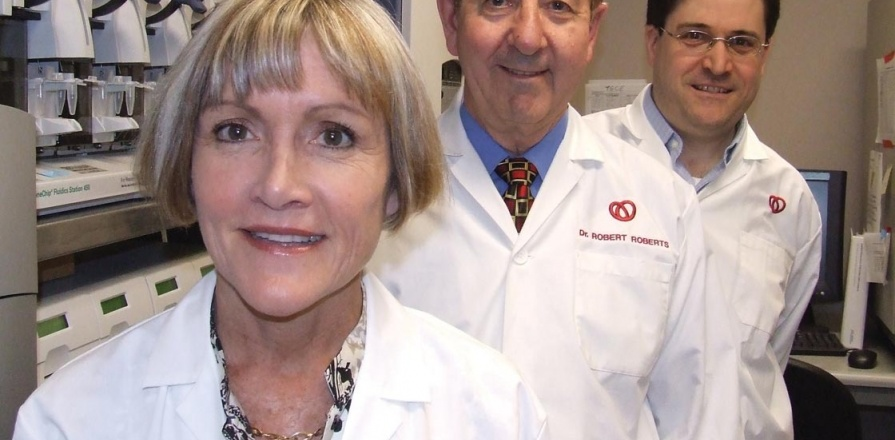Dre Ruth McPherson, le Dr Robert Roberts et Alexandre Stewart, Ph. D.